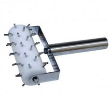 Роликовый рыхлитель для теста, пластиковое колесо 13 см, стальная ручка.